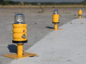 Portable helipad light
