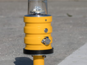 Temporary airfield light