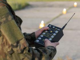 UR-101 Handheld Controller for remote activation of runway lights
