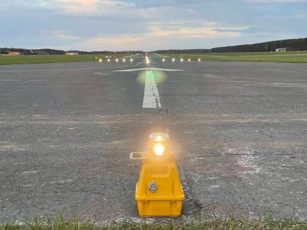 S4GA PORTABLE APPROACH LIGHT SP-401