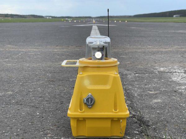 SP-401 Portable Approach Light